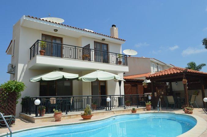 Вилла в Пафосе, Кипр, 360 м2 - фото 1