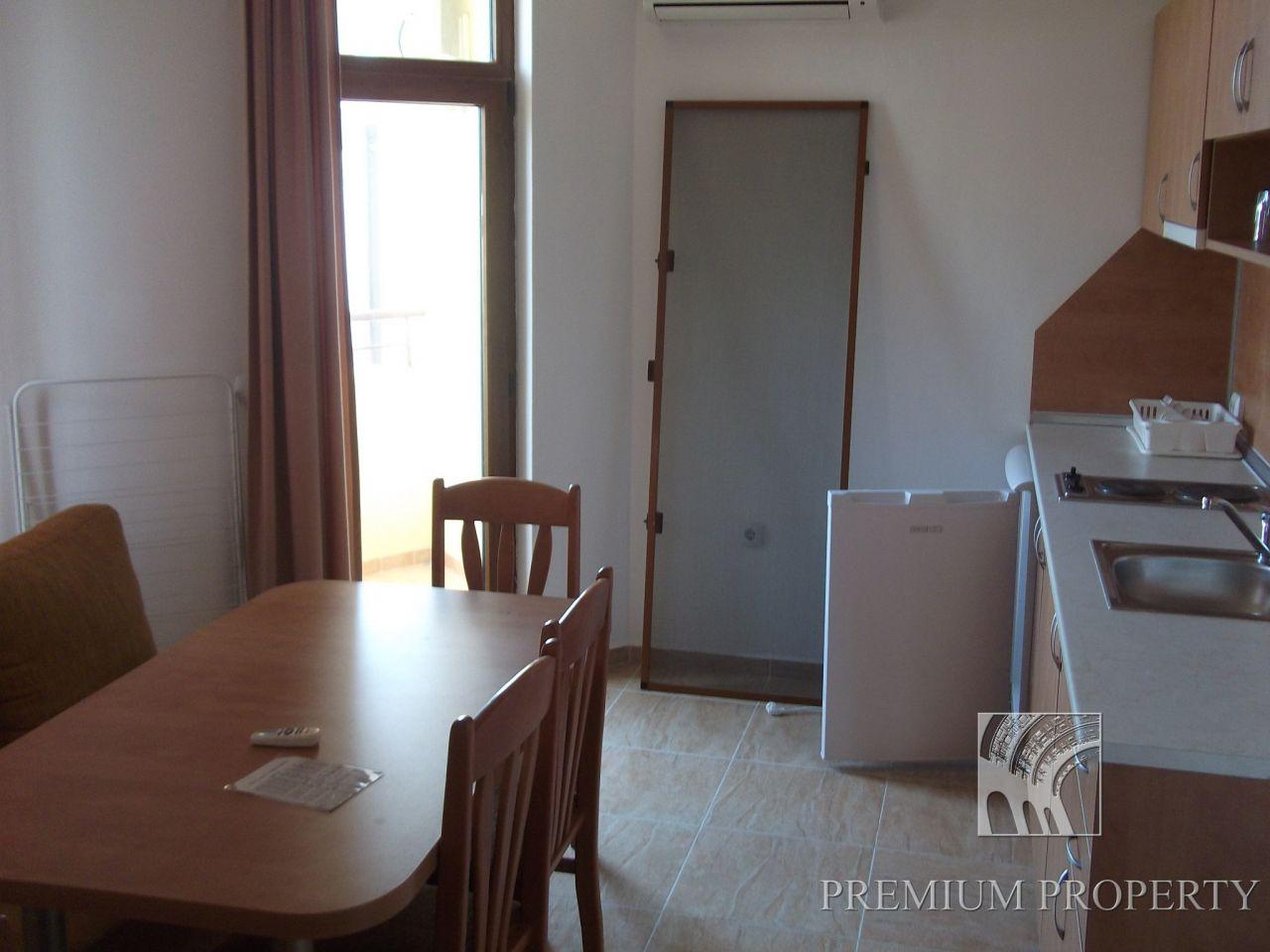 Апартаменты в Святом Власе, Болгария, 67 м2 - фото 1