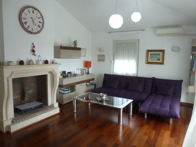 Квартира в Пуле, Хорватия, 90 м2 - фото 1