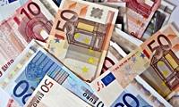 Средняя ежемесячная зарплата в Эстонии превысила €1000
