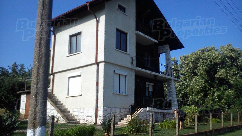 Вилла в Видине, Болгария, 2500 м2 - фото 1