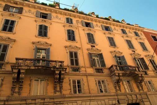 Квартира в Лацио, Италия, 220 м2 - фото 1