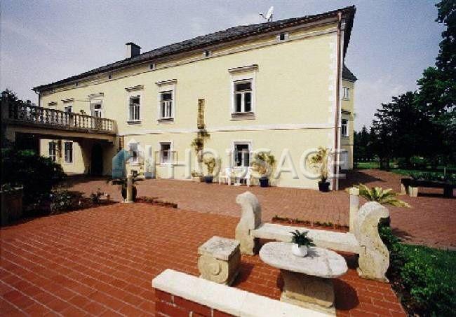 Замок в Граце, Австрия, 42000 м2 - фото 1