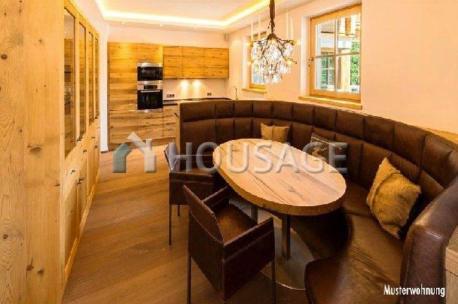 Квартира в Кицбюэле, Австрия, 215.88 м2 - фото 1