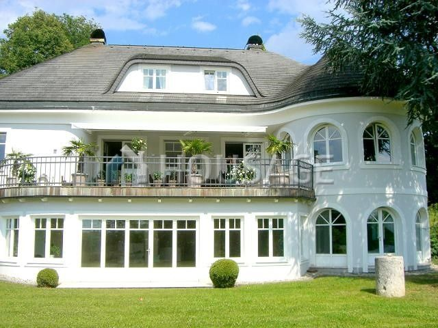 Дом в Граце, Австрия, 9000 м2 - фото 1