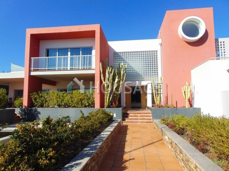 Вилла в Лагоа, Португалия, 698 м2 - фото 1