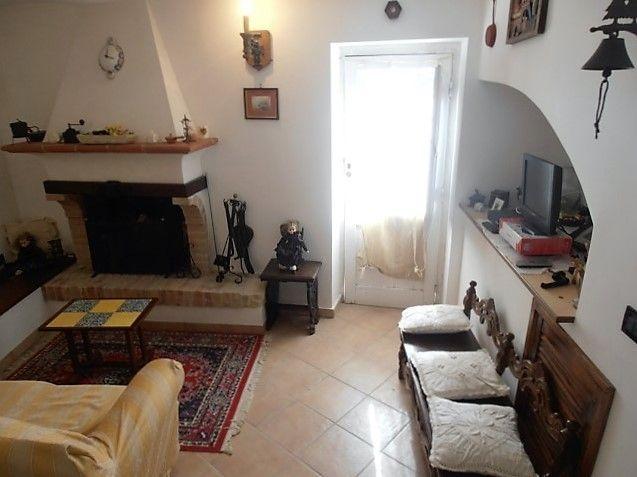 Дом в Абруццо, Италия, 135 м2 - фото 1