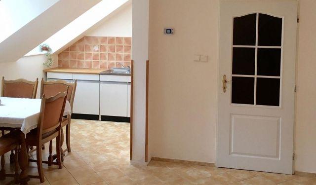 Квартира в Карловых-Варах, Чехия, 108 м2 - фото 1