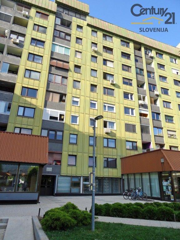 Квартира в Мариборе, Словения, 75.2 м2 - фото 1