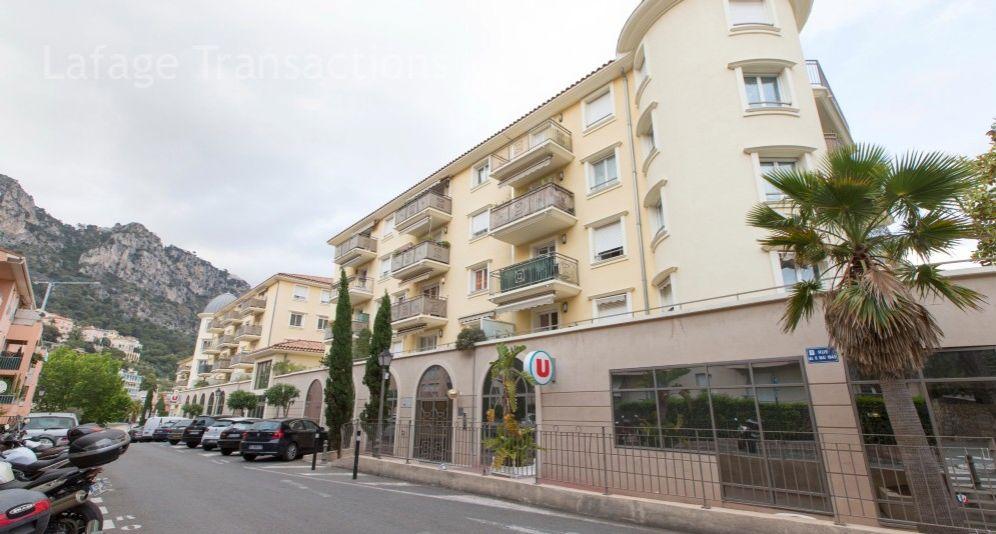 Апартаменты в Больё-сюр-Мер, Франция, 69 м2 - фото 1