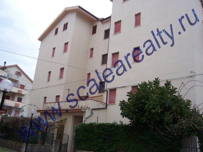 Апартаменты в Скалее, Италия, 60 м2 - фото 1