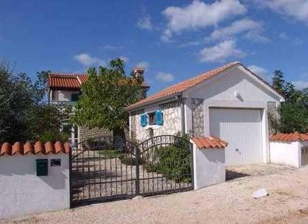 Дом в Порече, Хорватия, 438 м2 - фото 1
