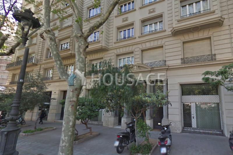 Коммерческая недвижимость в Барселоне, Испания, 563 м2 - фото 1