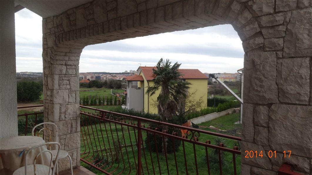 Дом в Пуле, Хорватия, 1407 м2 - фото 1