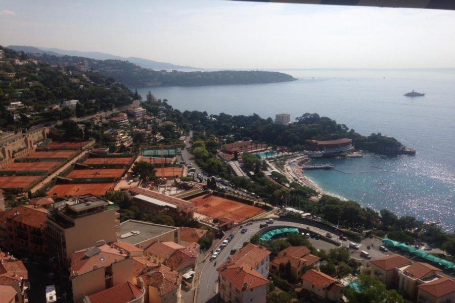 Апартаменты в Ларвотто, Монако, 100 м2 - фото 1