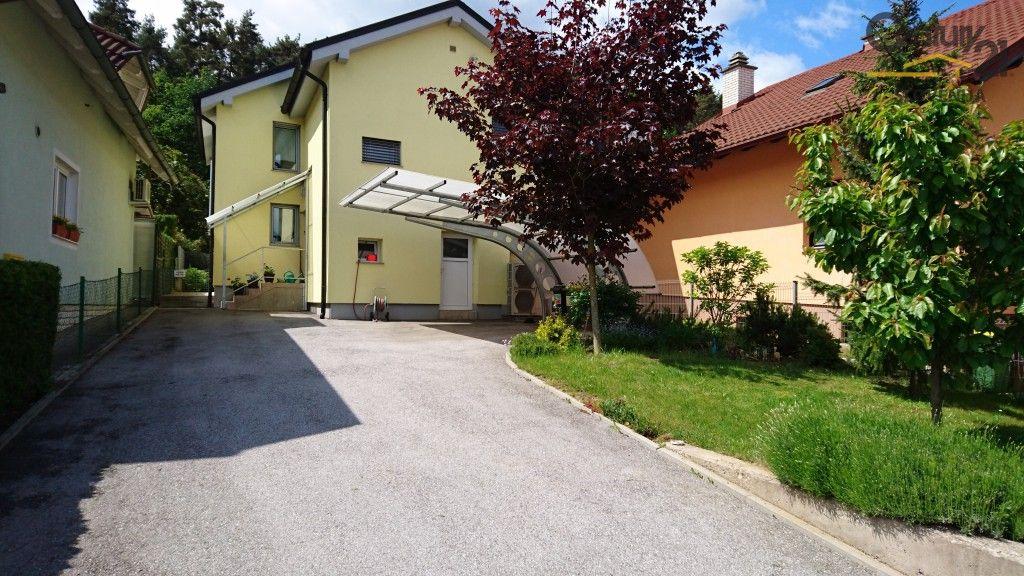 Дом в Мариборе, Словения, 213 м2 - фото 1