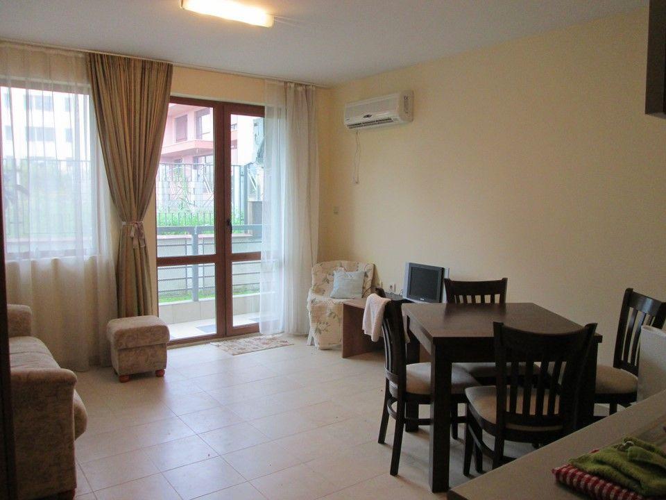 Апартаменты в Несебре, Болгария, 64 м2 - фото 1