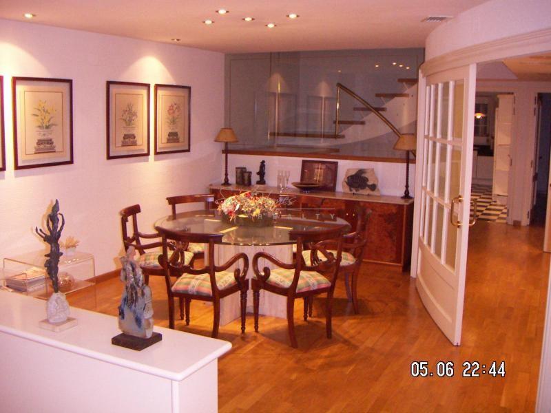 Квартира в Камбрильсе, Испания, 192 м2 - фото 1