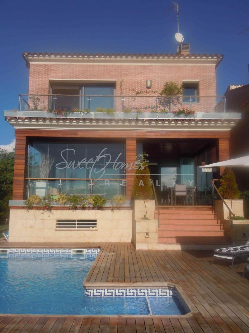 Дом в Таррагоне, Испания, 700 м2 - фото 1