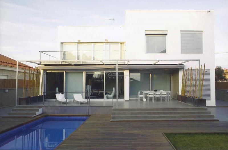 Дом на Коста-Дорада, Испания, 300 м2 - фото 1