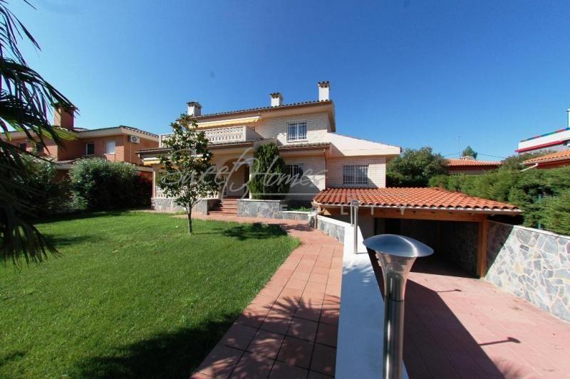 Дом в Камбрильсе, Испания, 170 м2 - фото 1