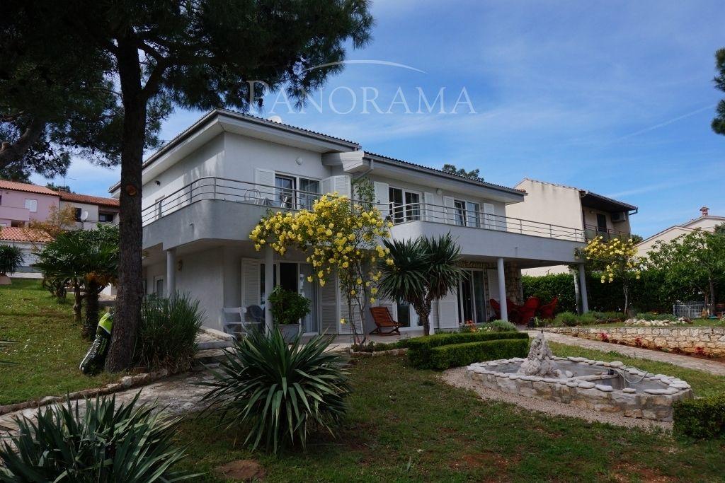 Дом в Премантуре, Хорватия, 860 м2 - фото 1