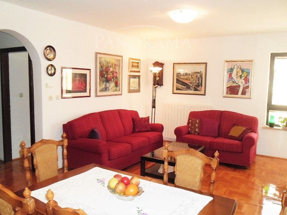 Апартаменты в Пуле, Хорватия, 71 м2 - фото 1