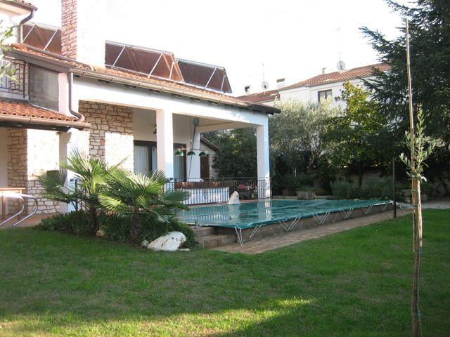 Дом в Порече, Хорватия, 460 м2 - фото 1