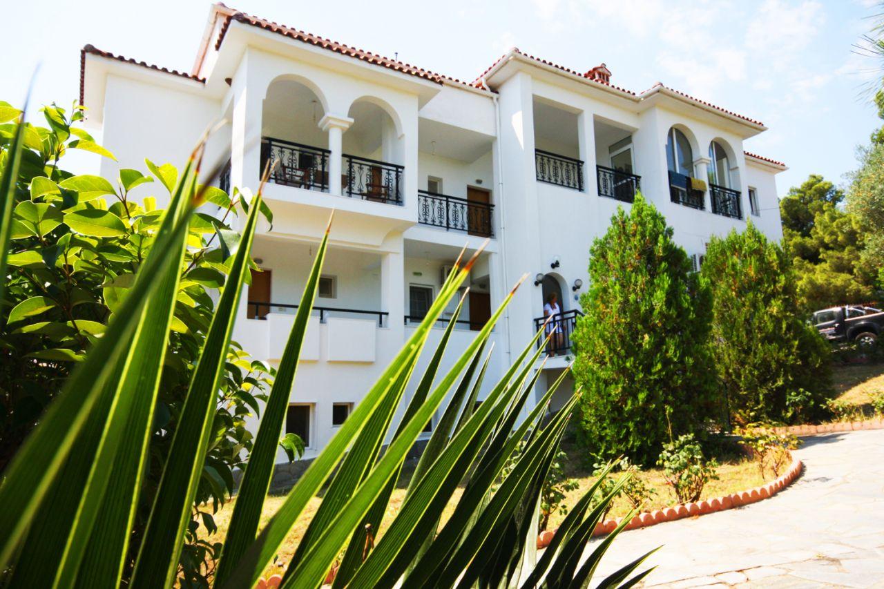 Отель, гостиница в Халкидики, Греция, 550 м2 - фото 1