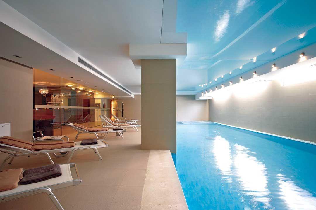 Отель, гостиница в Сплите, Хорватия, 1 м2 - фото 1