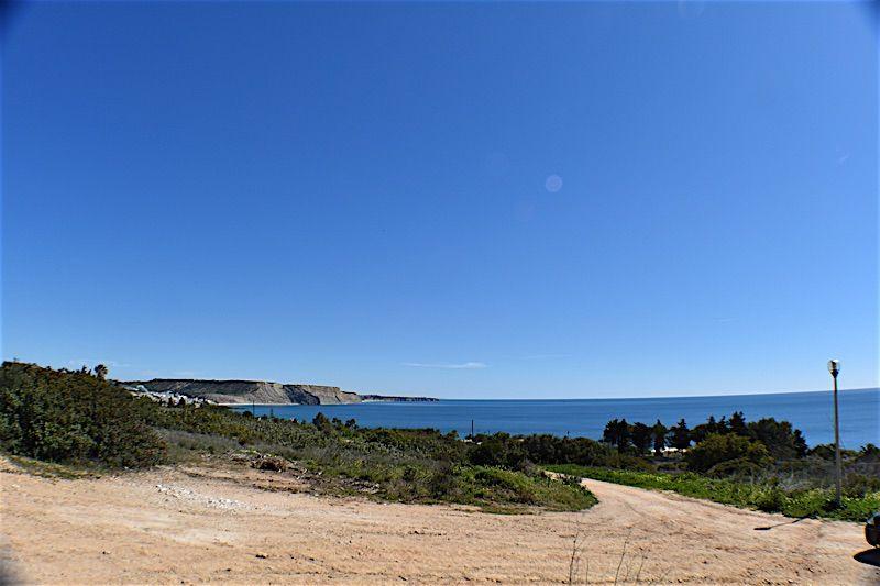 Земля в Лагуше, Португалия, 2140 м2 - фото 1