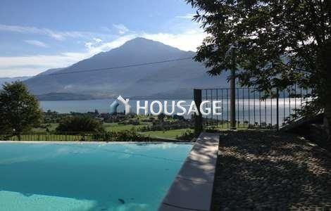 Апартаменты у озера Комо, Италия, 80 м2 - фото 1