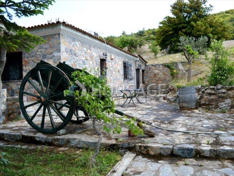 Дом на Эвбее, Греция, 4000 м2 - фото 1