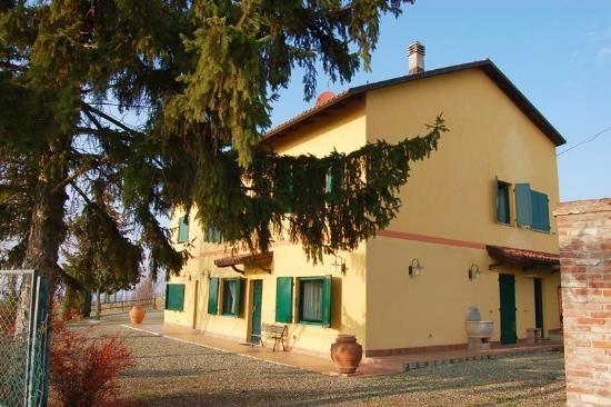 Коттедж в Пьемонте, Италия, 12290 м2 - фото 1