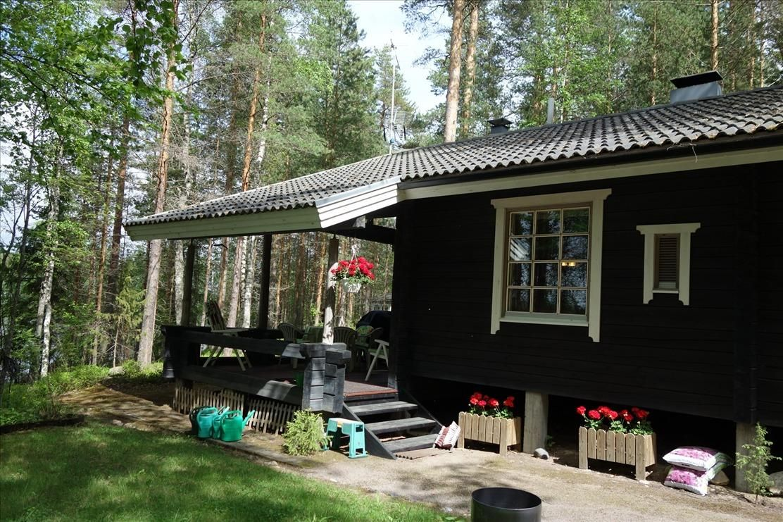 Коттедж в Мянтюхарью, Финляндия, 2800 м2 - фото 1