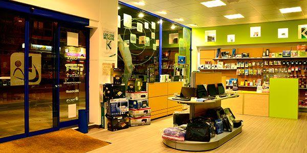 Магазин в Барселоне, Испания, 64 м2 - фото 1