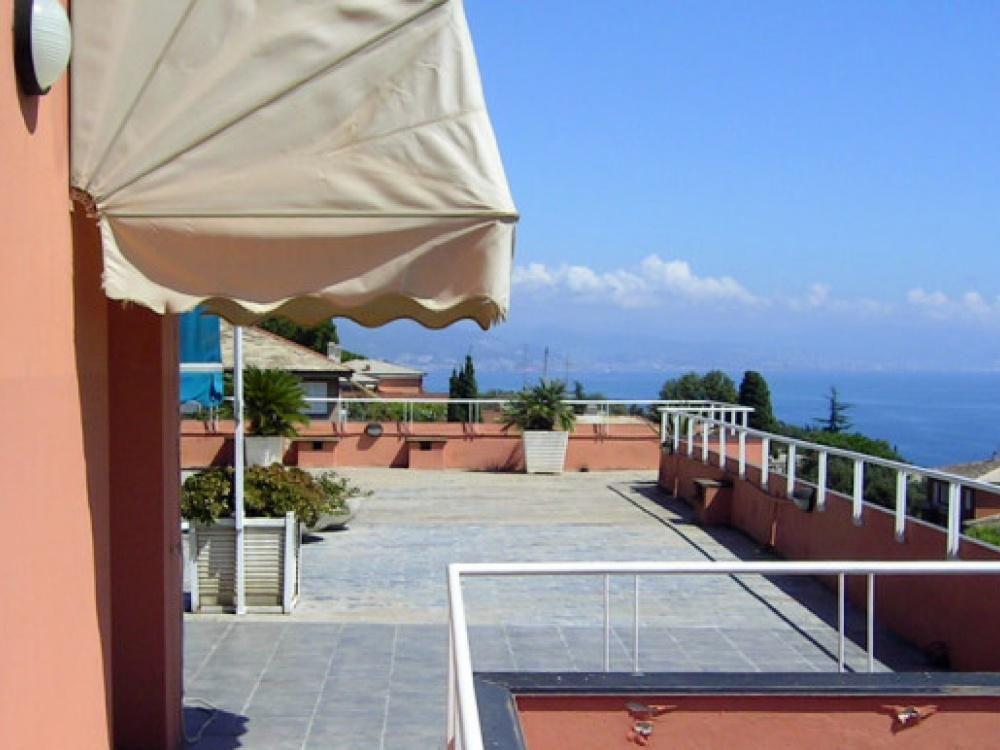 Апартаменты в Савоне, Италия, 65 м2 - фото 1