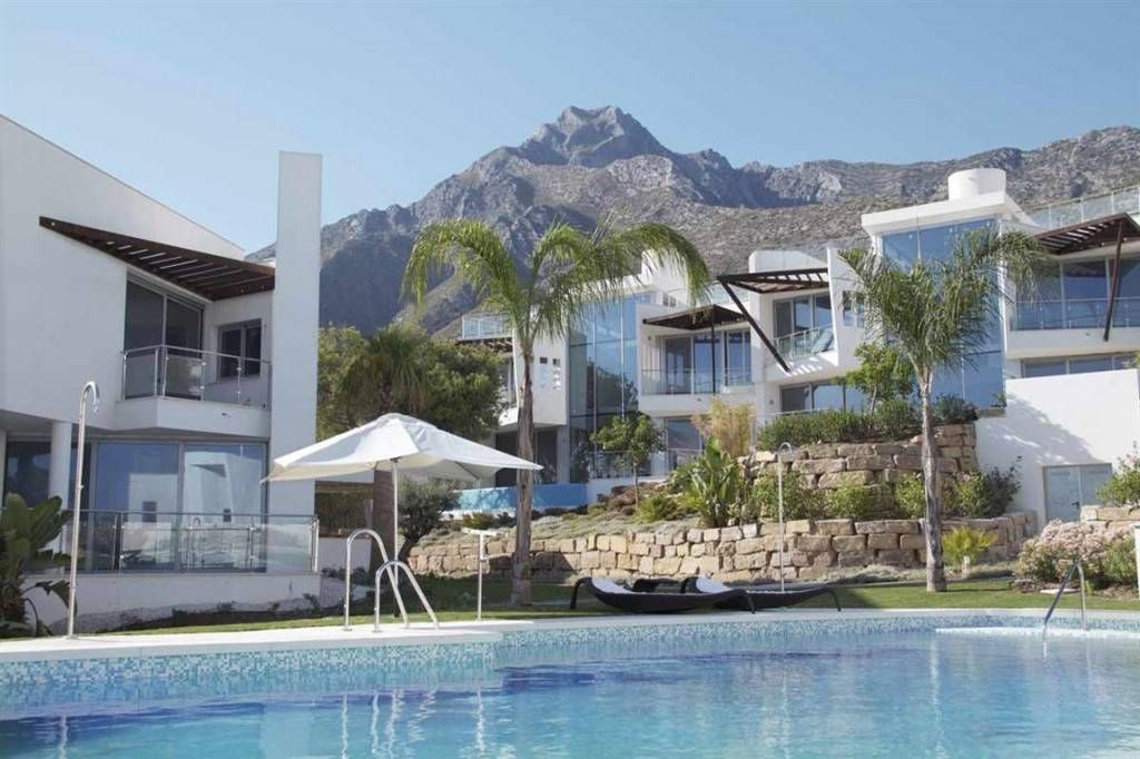 Дом в Марбелье, Испания, 356 м2 - фото 1