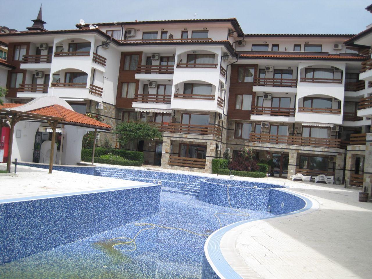 Апартаменты в Елените, Болгария, 86 м2 - фото 1