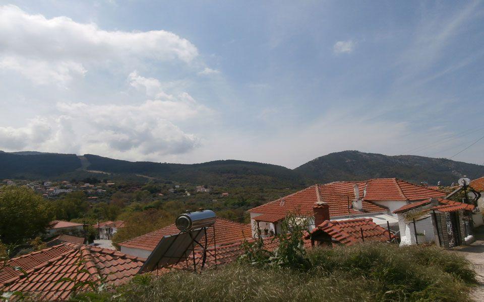 Земля на Тасосе, Греция, 200 м2 - фото 1