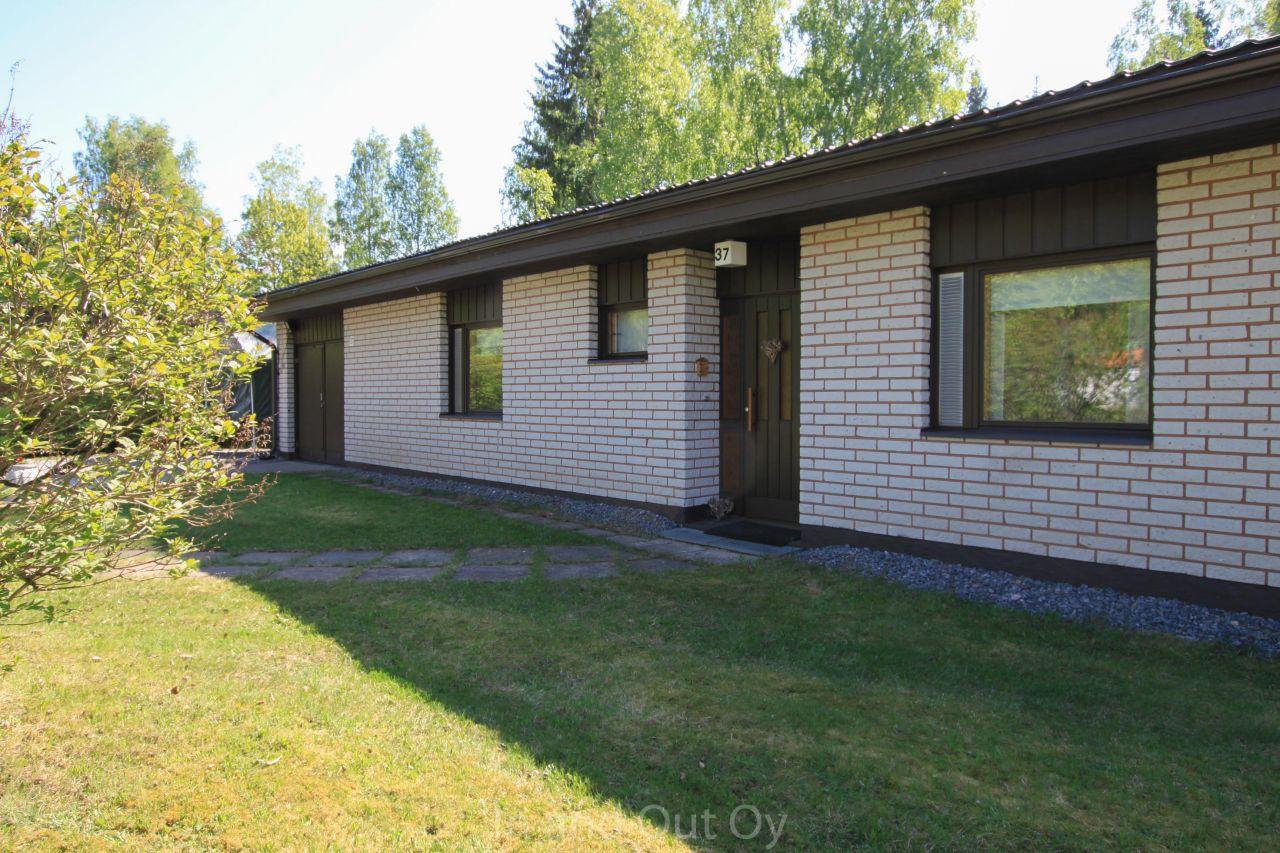Дом в Лаппеенранте, Финляндия, 1839 м2 - фото 1