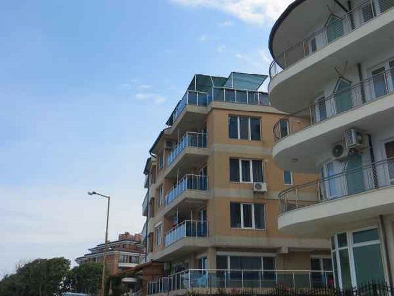 Квартира в Бургасской области, Болгария, 186 м2 - фото 1