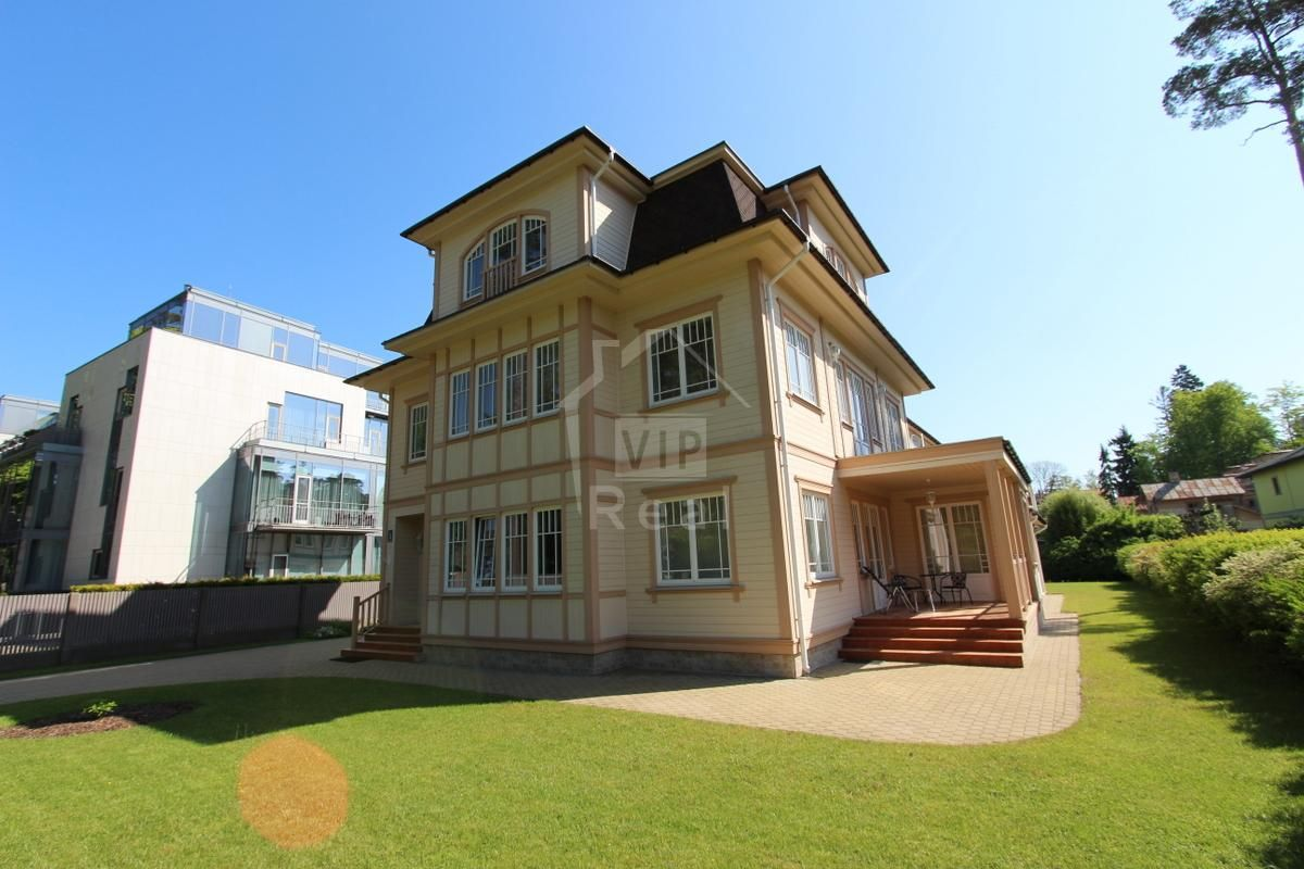 Дом в Юрмале, Латвия, 472 м2 - фото 1