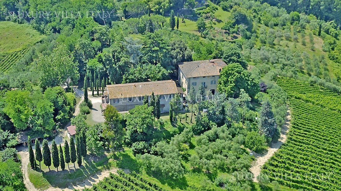 Дом в Пизе, Италия, 82000 м2 - фото 1