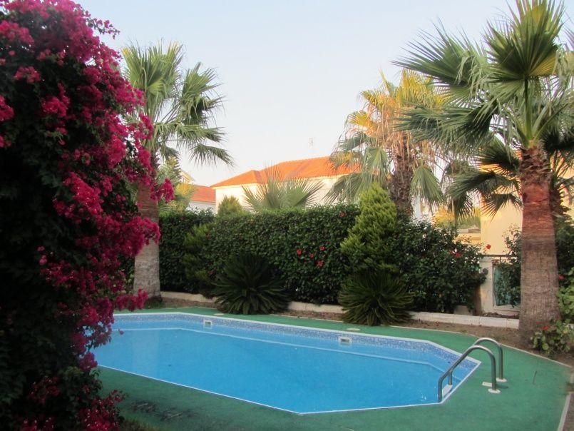 Вилла в Ларнаке, Кипр, 480 м2 - фото 1