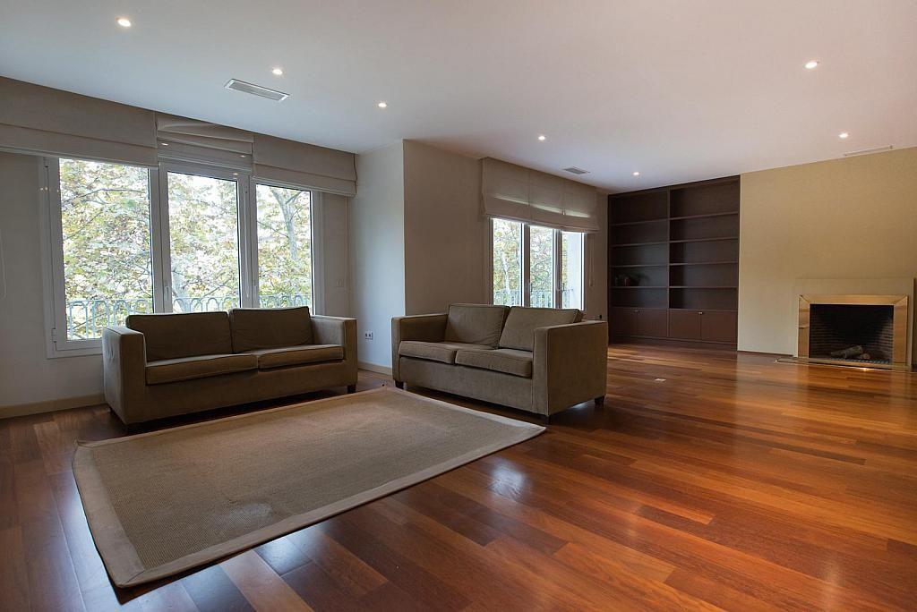 Апартаменты в Барселоне, Испания, 337 м2 - фото 1