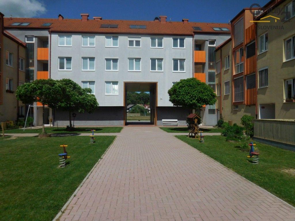 Квартира в Мариборе, Словения, 121.8 м2 - фото 1