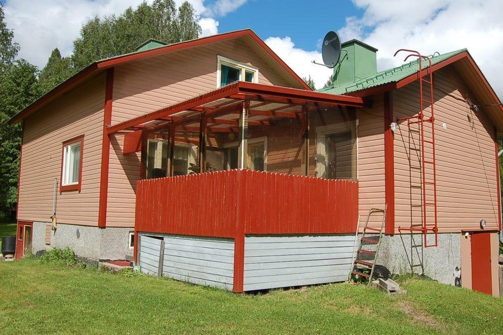 Дом в Мянтюхарью, Финляндия, 2000 м2 - фото 1