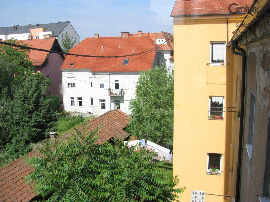 Квартира в Мариборе, Словения, 38.4 м2 - фото 1