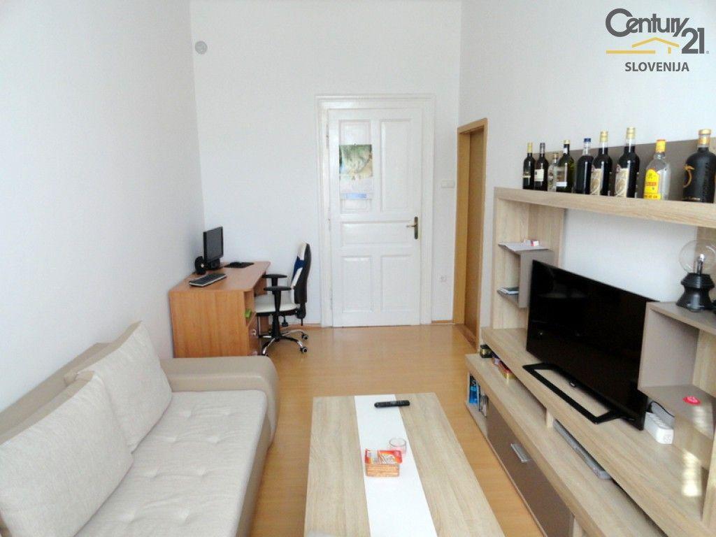 Квартира в Мариборе, Словения, 56 м2 - фото 1